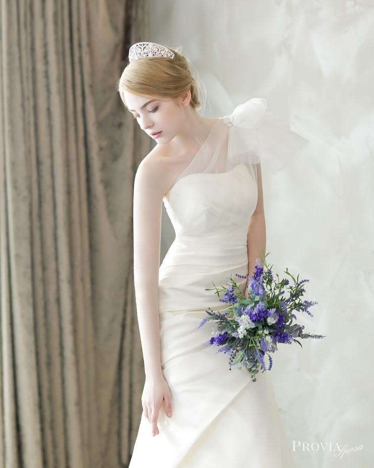 1proviasposa_2015_dresses_14.jpg