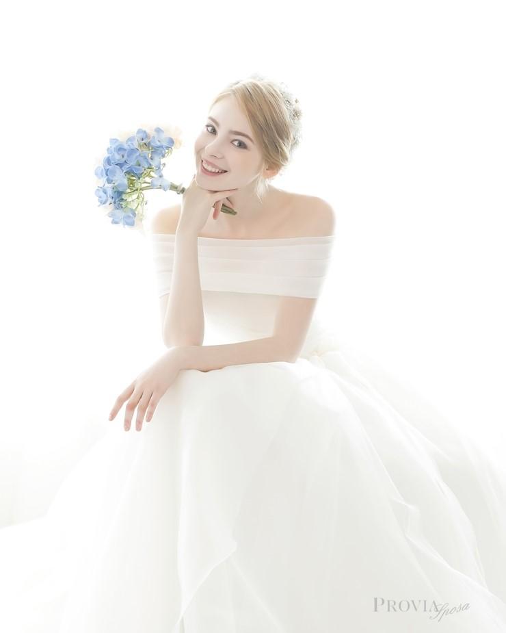 0proviasposa_2015_dresses_34.jpg