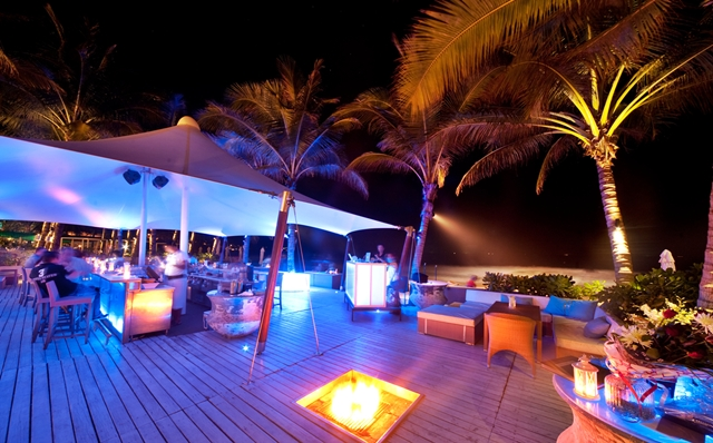 phuket_twinpalms_beachclub (2).jpg