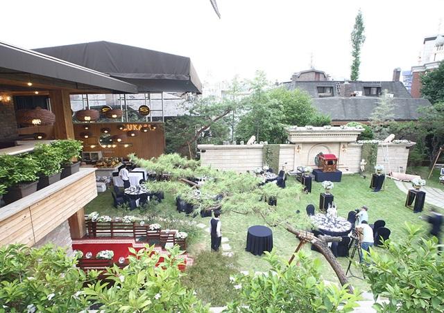 루카 511 야외결혼식.jpg